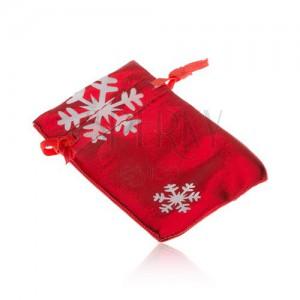 Dárkový sáček červené barvy, bílé sněhové vločky