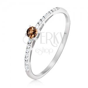 Prsten v bílém 14K zlatě - lesklý, hladký, hnědý kámen, drobné zirkonky