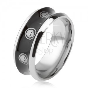 Prsten z chirurgické oceli, lesklý černý, vyhloubený střed, lebka v kruhu