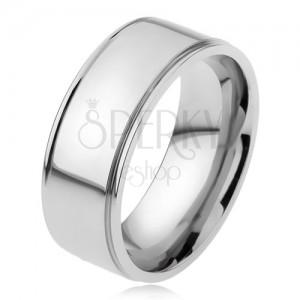 Ocelový prsten, lesklý rovný povrch, snížené okraje