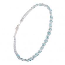 Bledě modrý náramek ze šňůrek, pletené azurově modré korálky