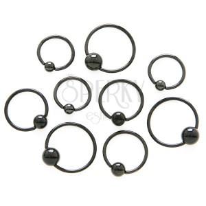 Lesklý piercing z chirurgické oceli - černý kroužek s kuličkou
