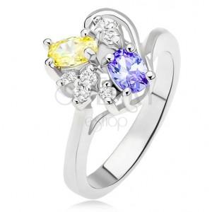 Prsten s fialovým a žlutým oválným kamínkem, čiré zirkony