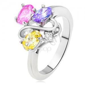 Lesklý prsten - barevné oválné zirkony, linie dvojitého S, čirý kamínek