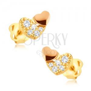 Blyštivé zlaté náušnice 375 - zirkonové srdce se zlatorůžovým srdíčkem