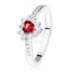 Prsten s červeným zirkonovým srdíčkem, drobné čiré zirkony, stříbro 925