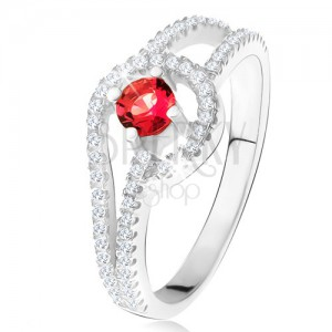 Prsten s červeným kulatým kamenem, drobné čiré zirkony, stříbro 925