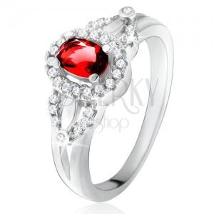 Prsten s červeným oválným kamenem, drobné čiré zirkonky, stříbro 925