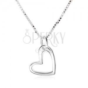 Náhrdelník s obrysem asymetrického srdce, hranatý řetízek, stříbro 925