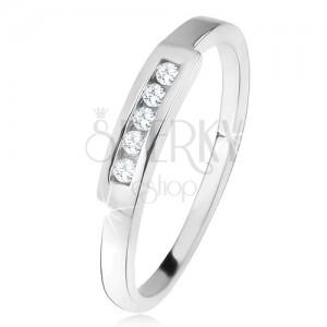 Lesklý prsten s linií čirých zirkonů, broušený pásek, ze stříbra 925