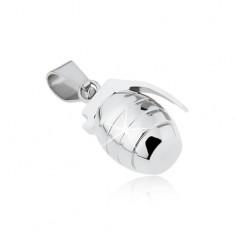 Přívěsek z chirurgické oceli, granát s gravírováním stříbrné barvy