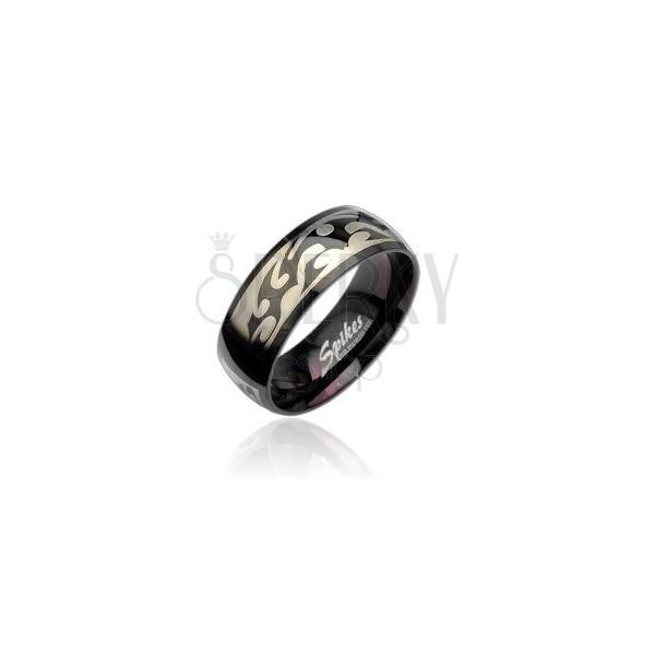 Černý ocelový prsten se vzorem Tribal ve stříbrné barvě