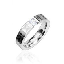 Ocelový prsten - čirý zirkon, vzorovaný