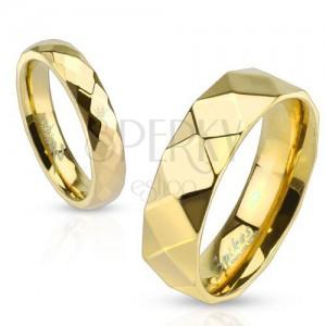 Ocelový prsten, zlatá barva, geometricky broušený povrch, 4 mm