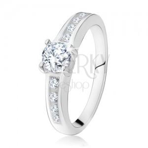 Stříbrný zásnubní prsten 925, kulatý čirý kamínek, zdobená ramena