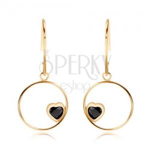Zlaté náušnice 375 - tenký kroužek s černým srdcem ze safíru
