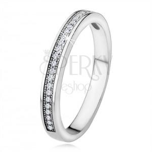 Stříbrný prsten 925, úzká ramena, vodorovná linie čirých kamínků