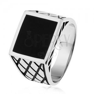 Stříbrný prsten 925, ramena s kosočtverci, černý glazovaný čtverec
