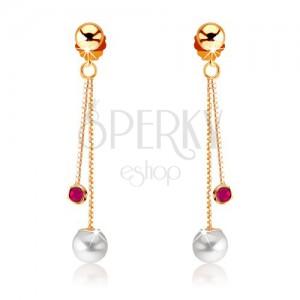Visací zlaté náušnice 375 - kulatý červený rubín a bílá perla, řetízky