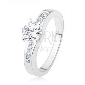 Stříbrný prsten 925, kulatý čirý zirkon, zdobená ramena prstenu
