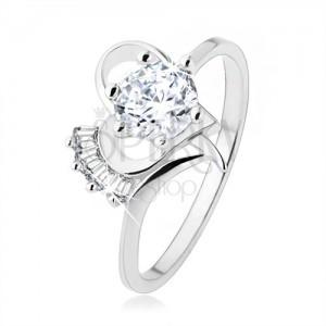 Prsten ze stříbra 925, vystupující čirý zirkon v obrysu srdíčka