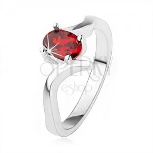 Elegantní prsten ze stříbra 925, rubínově červený zirkon, zvlněná ramena