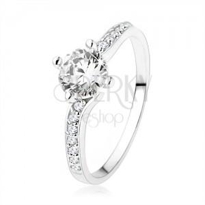 Lesklý prsten ze stříbra 925, ramena spojená kulatým zirkonem