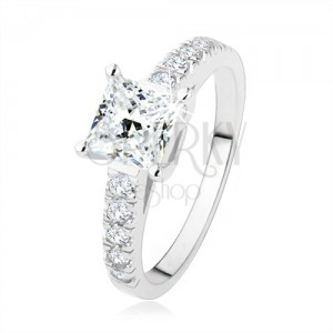 Zásnubní prsten ze stříbra 925, čirý zirkonový čtverec, ramena s kamínky