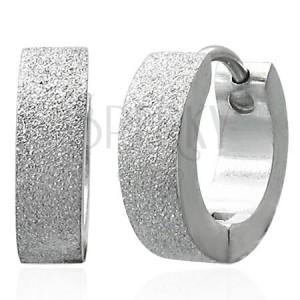 Pískované lesklé náušnice z chirurgické oceli, stříbrná barva