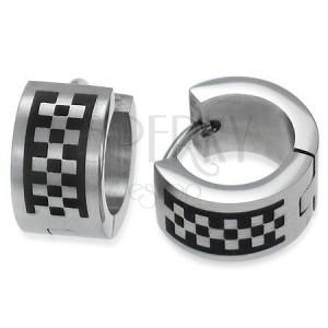 Matné kloubové náušnice z oceli, stříbrná barva, motiv šachovnice