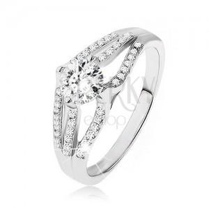 Blyštivý prsten - stříbro 925, velký kulatý zirkon, tři pruhy čirých kamínků