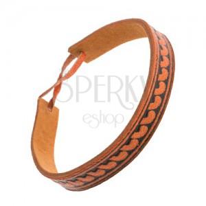 Oranžovohnědý kožený náramek, úzký pásek s půlobloukovým vzorem