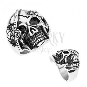 Ocelový prsten stříbrné barvy, lebka s páskou přes oko, královské koruny