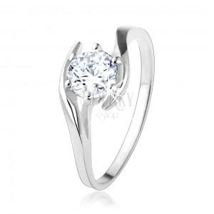 Zásnubní stříbrný prsten 925 - čirý zirkon mezi zvlněnými liniemi