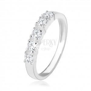 Stříbrný zásnubní prsten 925, pět vsazených čirých zirkonů