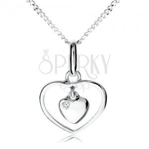 Náhrdelník ze stříbra 925, malé srdíčko visící v obrysu srdce