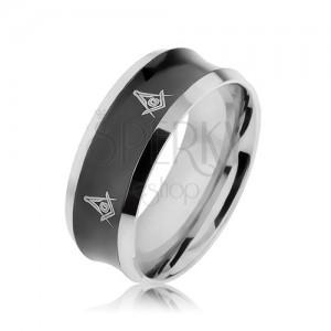 Ocelový prsten v černé a stříbrné barvě s vyhloubeným středem, symboly
