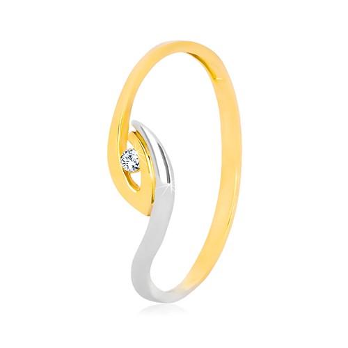 Levně Zlatý prsten 375 - nepravidelně zahnuté konce ramen, blyštivý zirkon - Velikost: 56