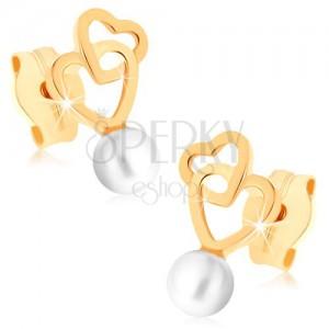 Zlaté náušnice 375 - dva propojené obrysy srdcí, kulatá bílá perlička