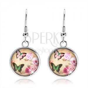 Kruhové náušnice ve stylu cabochon, dva pestrobarevní motýli, růžové květy