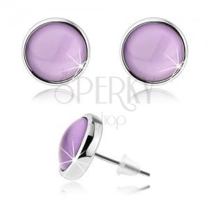 Kabošon náušnice s fialovou vypouklou glazurou, lesklé okraje stříbrné barvy