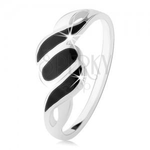 Stříbrný 925 prsten, hladká ramena, šikmé linie a ovál, černý onyx