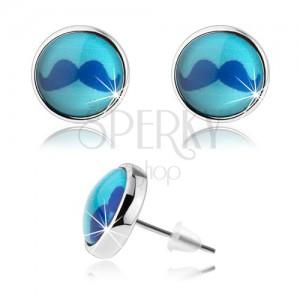 Puzetové cabochon náušnice, vypouklé sklo, obrázek modrého knírku