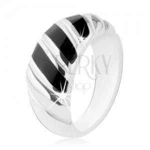 Prsten, stříbro 925, černý onyx, tři šikmé proužky, zářezy
