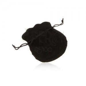 Černá sametová kapsička na dárek, černé šňůrky na zavázání