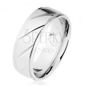 Prsten z oceli 316L, vyvýšený pás zdobený šikmými zářezy, stříbrná barva