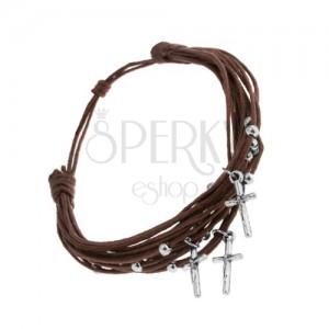 Šňůrkový náramek čokoládově hnědé barvy, kuličky a křížky z oceli