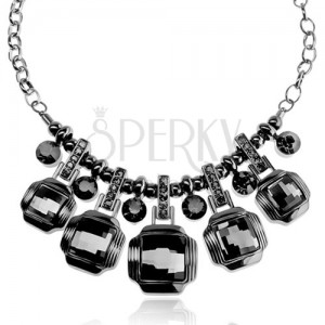 Masivní náhrdelník, tmavě šedý odstín, kovový lesk, broušené čtverce, zirkony