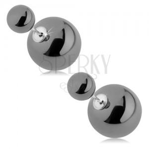 Lesklé oboustranné náušnice, větší a menší kulička, šedá barva