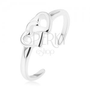Stříbrný prsten 925, zrcadlový lesk, hladká ramena, propojené kontury srdcí